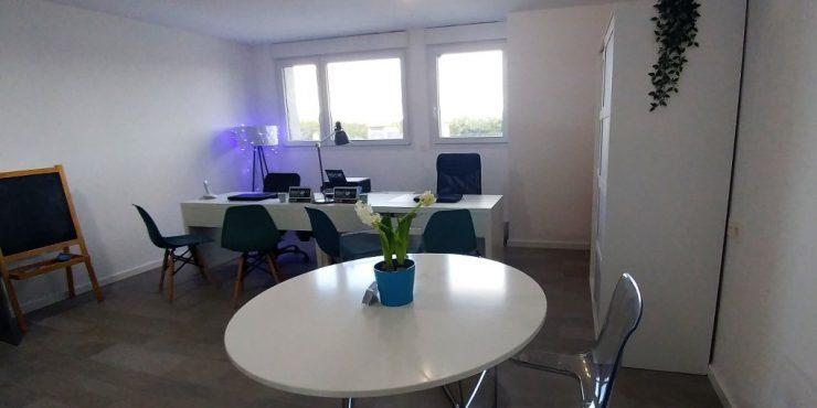 Rent-Up inagura su nueva oficina en Xàtiva