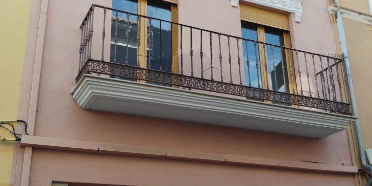 Venta casa reformada, grande y céntrica en Canals, Ref 1033