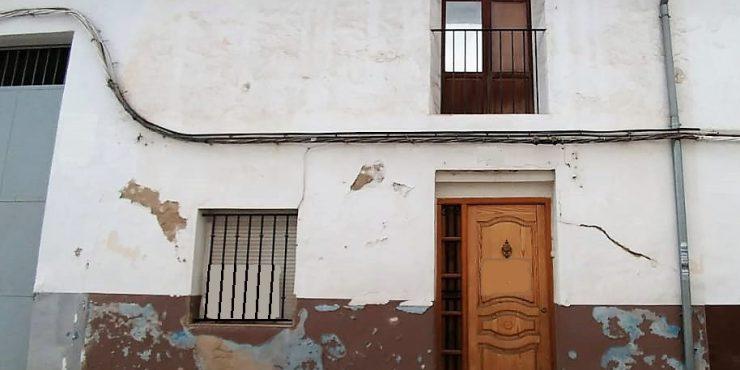 Venta casa-solar cerca de Zona la Bola de Xàtiva, Ref. 1066