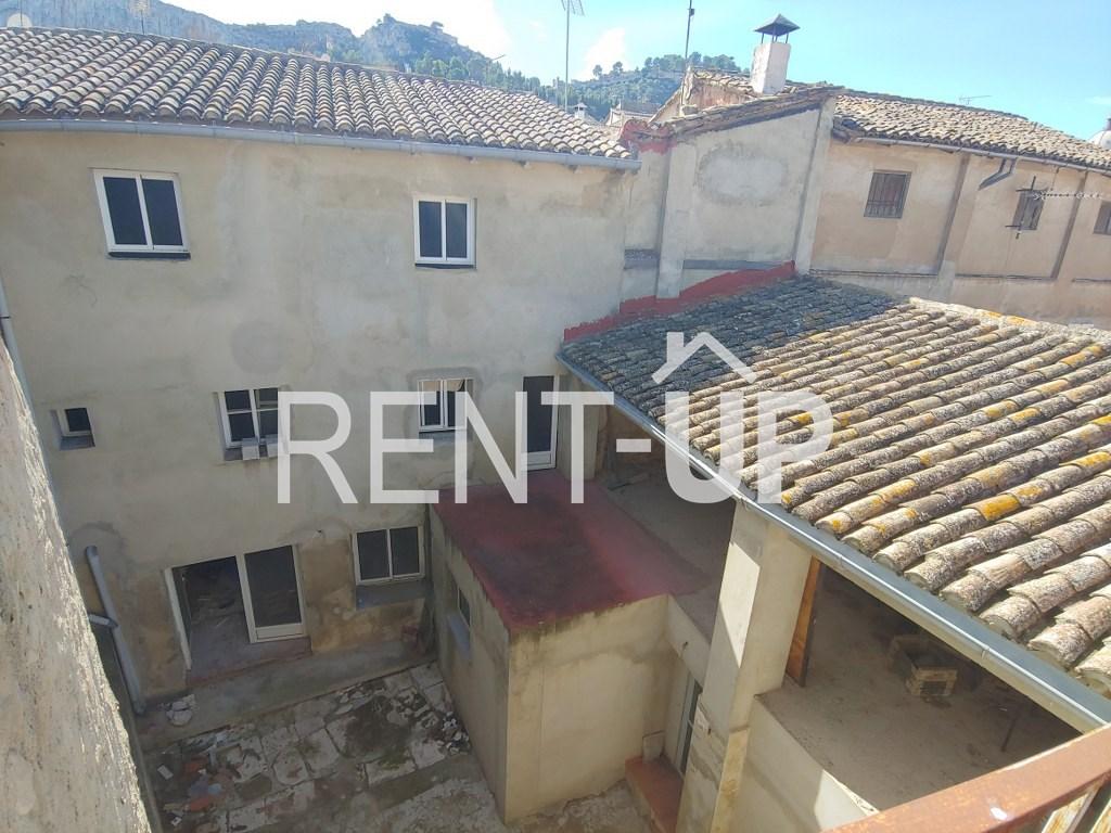 Venta gran casa para terminar reforma en Xàtiva, Ref.1113